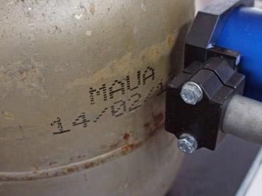 Marcação em botijão de gás - Sistema Jato de Tinta Grandes Caracteres (Antiexplosão)